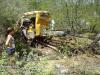 Motorista perde controle de caminhão e morre em acidente.