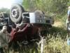Acidente com caminhão carregado de coco deixa motorista preso nas ferragens por mais de 5 horas